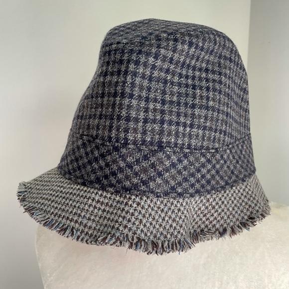 NWT J. Crew Bucket Houndstooth Wool Fringe Hat M-L